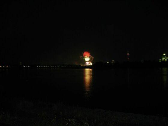 Yahoo Chattertreffen 2007 in Düsseldorf Feuerwerk (1)